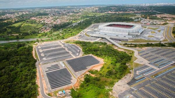 Los paneles solares del Estadio Pernambuco, en Recife.